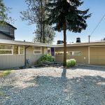 Tucked away in northwest Mercer Island's historic East Seattle neighborhood at the end of a quiet dead-end street, this understated one-level home offers the perfect opportunity to get started, or downsize to a great north island location with top schools.